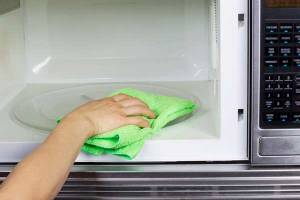 microwave-cleaning-tips