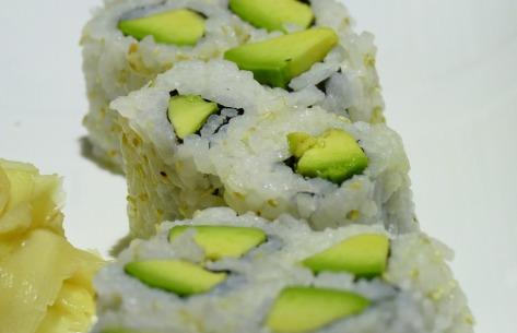 sushi-avocado